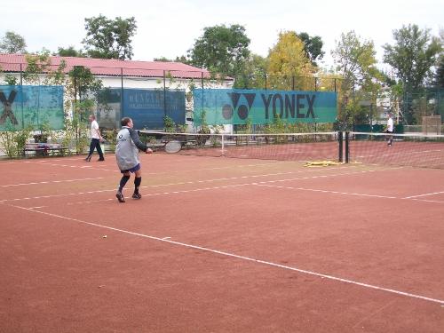 teniszpalyak_500_320_20110502155348_340.JPG