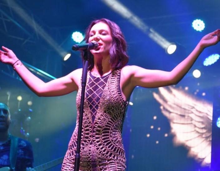 Elképesztően nagysikerű Rúzsa Magdi koncerttel ünnepeltük meg államalapításunkat a hajdúszoboszlói Strandfürdőben