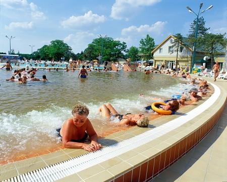 Fürdőkomplexum - Spa complex